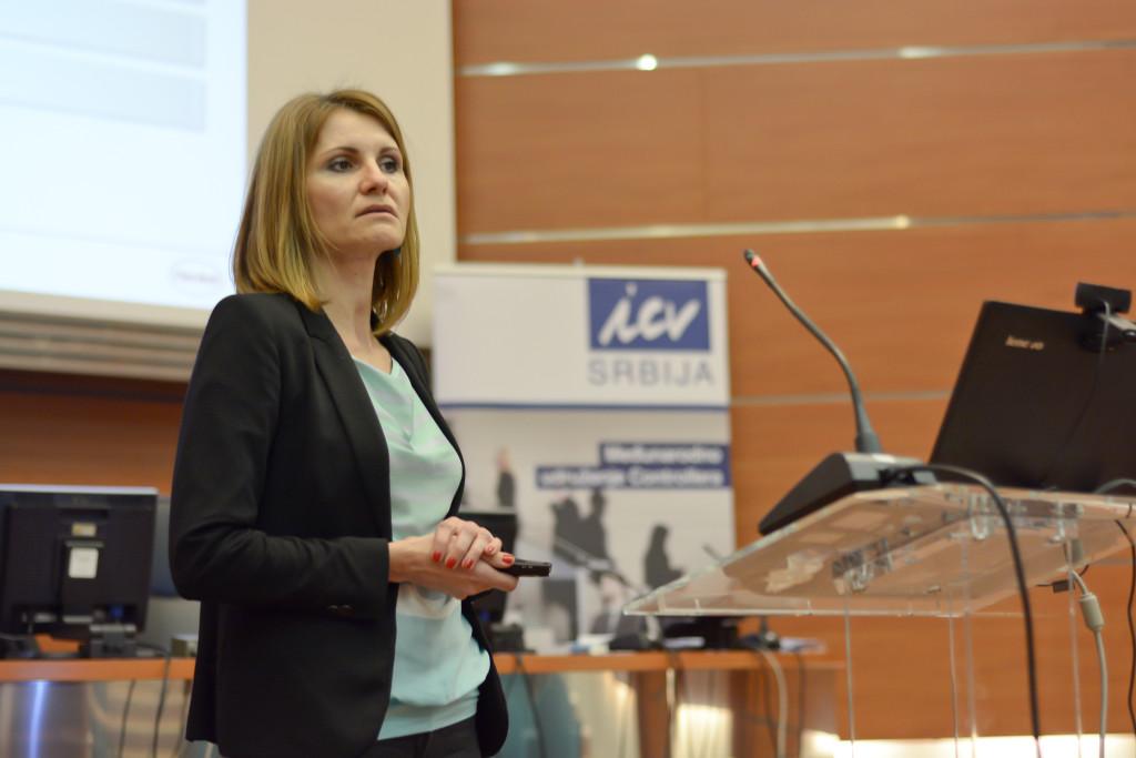 Lucija Vesić, šef controllinga, Henkel