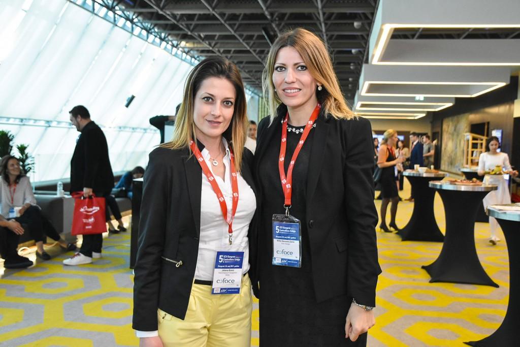 Milica Zarić i Jelena Đukić, Kompas, Beograd