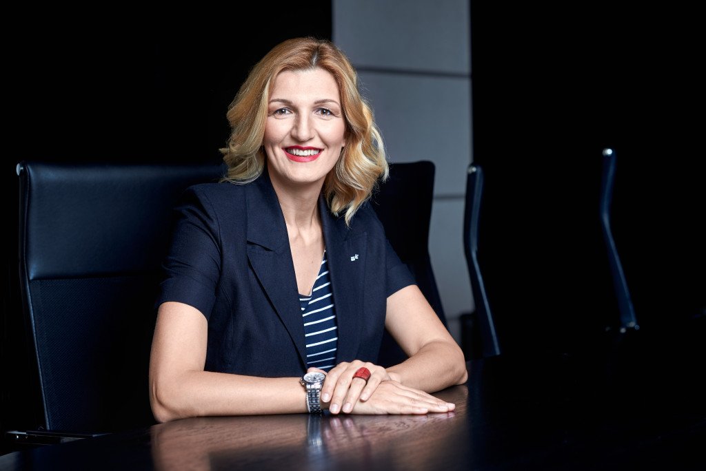 Aleksandra Dutina, Carlsberg